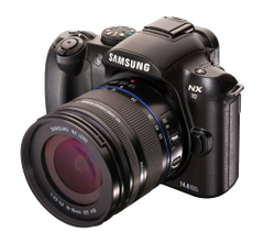 Samsung_nx10_front